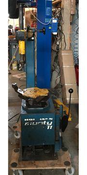 Reifenmontiermaschine Monty11 von