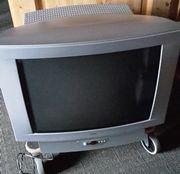 Röhrenfernseher von Loewe