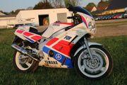 Yamaha FZR 600,