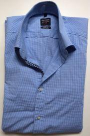 Schickes blau kariertes Hemd von