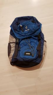 blauer Deuter-Junior-Kinderrucksack zu verkaufen