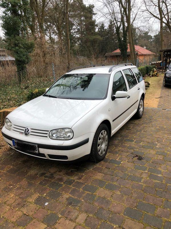 Golf 4 TDI Variant - nur Ersatzteile - Petershagen - Verkaufe Teile für VW Golf Variant - nur noch bis 22.03. Sitz vorn rechts, und Sitzbank hinten , Kopfstützen, Kofferraumabdeckung, Radkappen, Sicherheitsgurte, Türverkleidung, Mittelarmlehne vorn, Motorhaube, u.v.m.Unser Golf ist ein Opfe - Petershagen