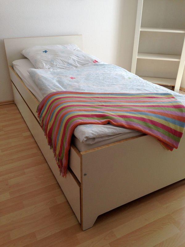 bett mit ausziehbett interesting bett mit ausziehbett. Black Bedroom Furniture Sets. Home Design Ideas