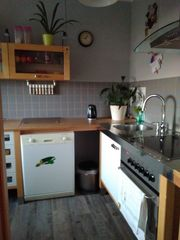 hochstehende küchenzeile mit elektrogeräten gebraucht