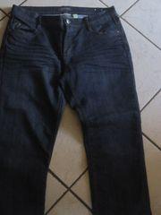 5 Jeans verschiedene Größen in