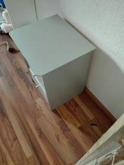 Nachttischschrank