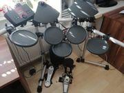 Yamaha E-Drum Set inkl Verstärker