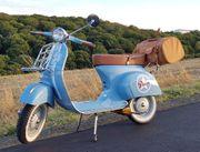 50 Jahre alte Oldtimer-Vespa V50L