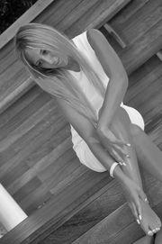 24j blond - suche