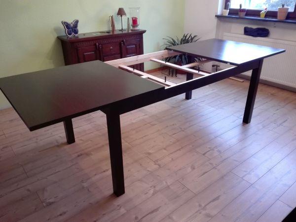 IKEA Bjursta Ausziehtisch Tisch Esszimmertisch ausziehbar bis 2. 60 Meter - Hofheim - Ausziehbarer Esszimmertisch in dunkelbraun.Für 4-8 Personen, mit 2 Einlegeplatten individuell verlängerbar.Ausziehbar auf: 260/218/175 cm.Breite: 95 cmHöhe: 74 cmDer Tisch ist bereits abgebaut, steht im EG und kann bequem eingeladen werden.An - Hofheim