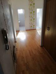 Wohnung 92m2 mit Balkon in
