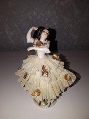 Porzellan-Tänzerin
