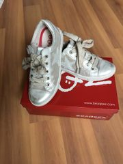 Silberne/Graue Sneakers