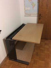 Hochwertiger Büroschreibtisch Marke Bene 120x60