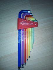 Neuer Satz PB Swisstool Rainbow