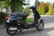 Vespa 50S schwarz