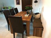 Esstisch mit Bank und Stühle