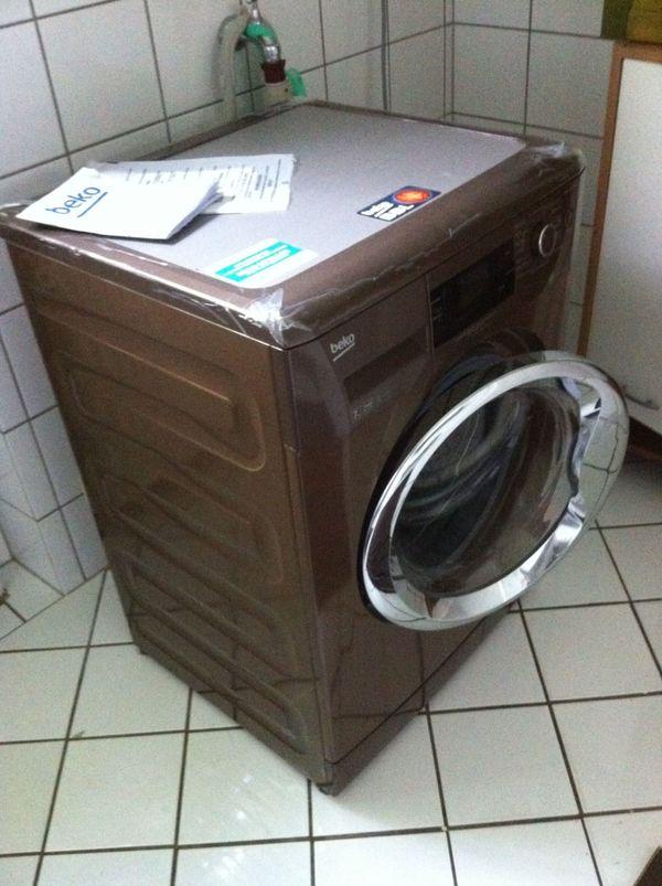 Unsere schöne Waschmaschine neu /farbig *abzugeben* in Angermünde ...
