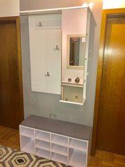 Garderoben-Kombi mit integrierter Sitzbank