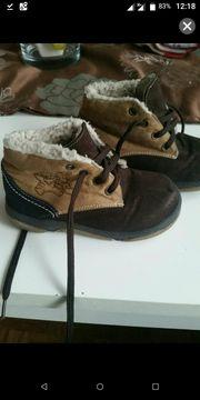 Baby Schuhe gefüttert